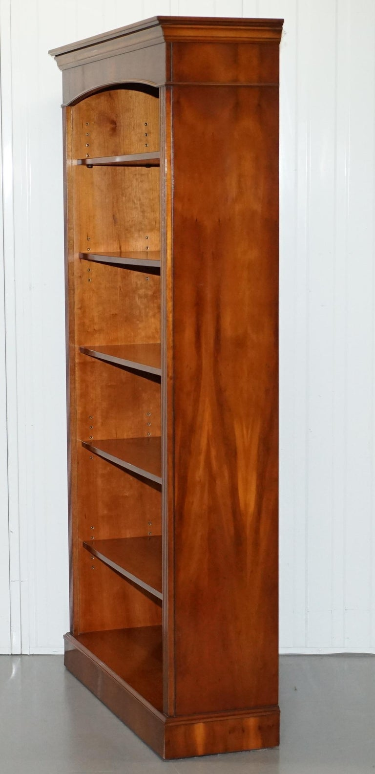 Lovely Burr Yew Wood Library Legal Bookcase with Height Adjustable Shelves For Sale 8