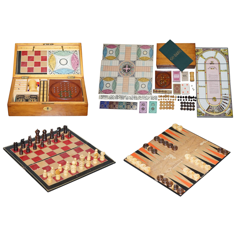 Lovely circa 1890 Victorian Mahogany Games Compendium Chess Horse Racing Dice