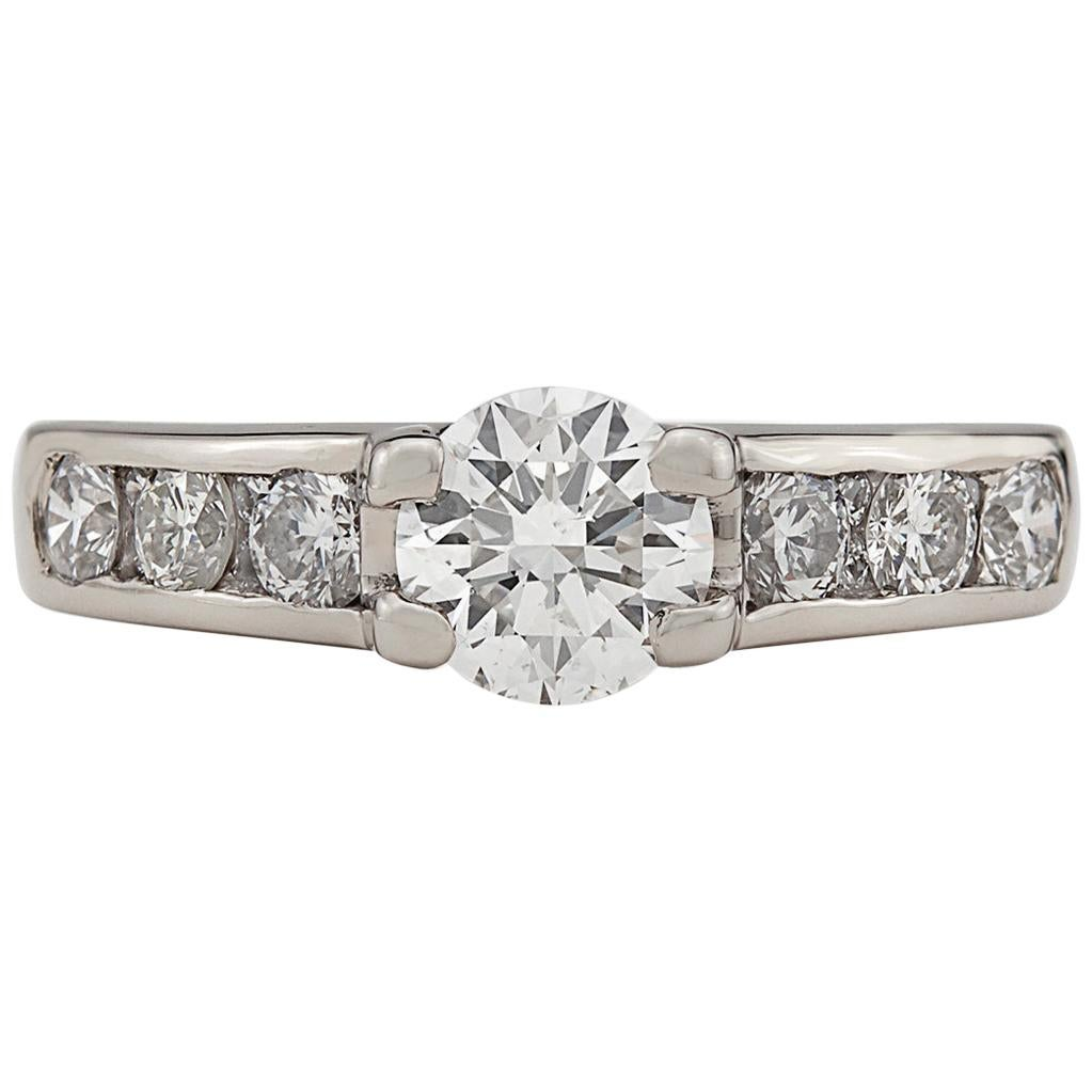 Lovely Diamond and 18 Karat White Gold Engagement Ring