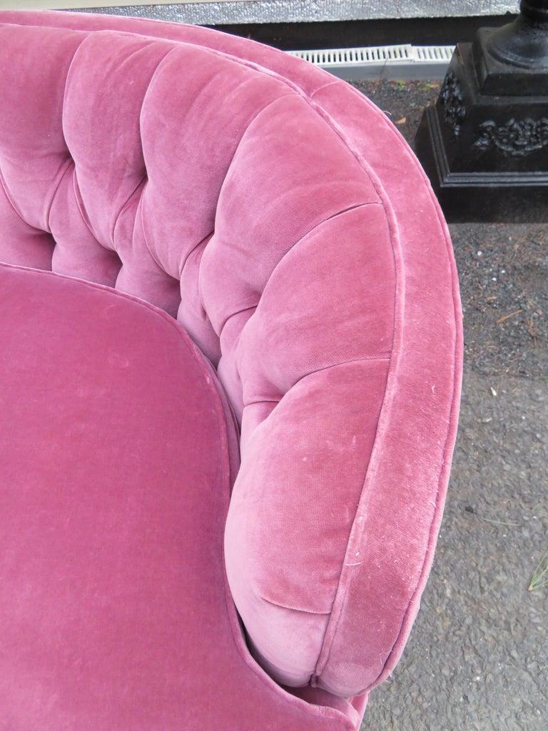 Lovely Dorothy Draper Style Lilac Velvet Curved Tufted Sofa Hollywood Regency For Sale 3