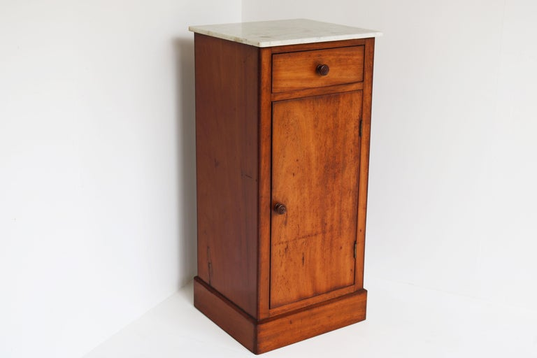Lovely French Antique 19th Century Night Stand / Bedside Table with Carrara Top For Sale 2