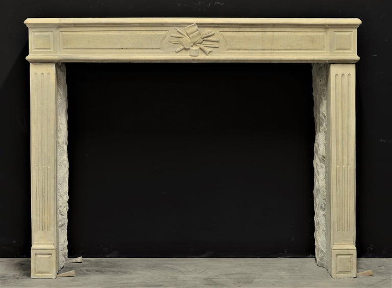 Very soft and refined French Louis XVI in limestone.  The center of the frieze is nicely decorated with musical instruments. Great original patina and overall dimensions.  Ready to be packed and shipped worldwide. Sold by Schermerhorn Antique