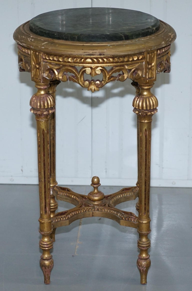 We are delighted to offer for sale this stunning handmade antique French Rococo marble topped giltwood jardinière stand  A well made period piece with original giltwood distressed finish, the top is solid marble, hand-carved with a nice