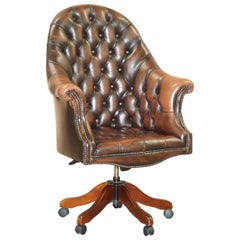Lovely Mahogany Brown Leather Chesterfield Tufted Captains Directors Armchair