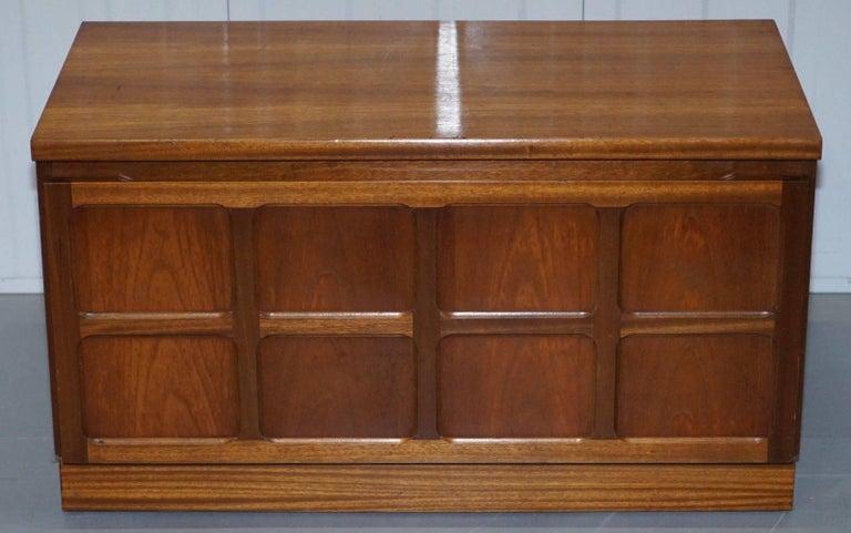 La Credenza Ltd Wimbledon : Lovely mid century modern nathan the master craftsman low tv unit