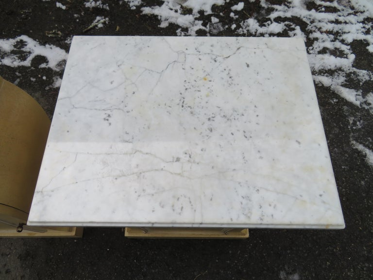 Mid-20th Century Lovely Pair of Grosfeld House Marble Top Nightstands Hollywood Regency For Sale