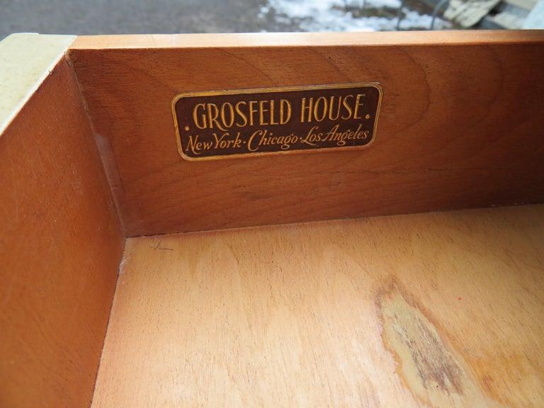 Lovely Pair of Grosfeld House Marble Top Nightstands Hollywood Regency For Sale 2