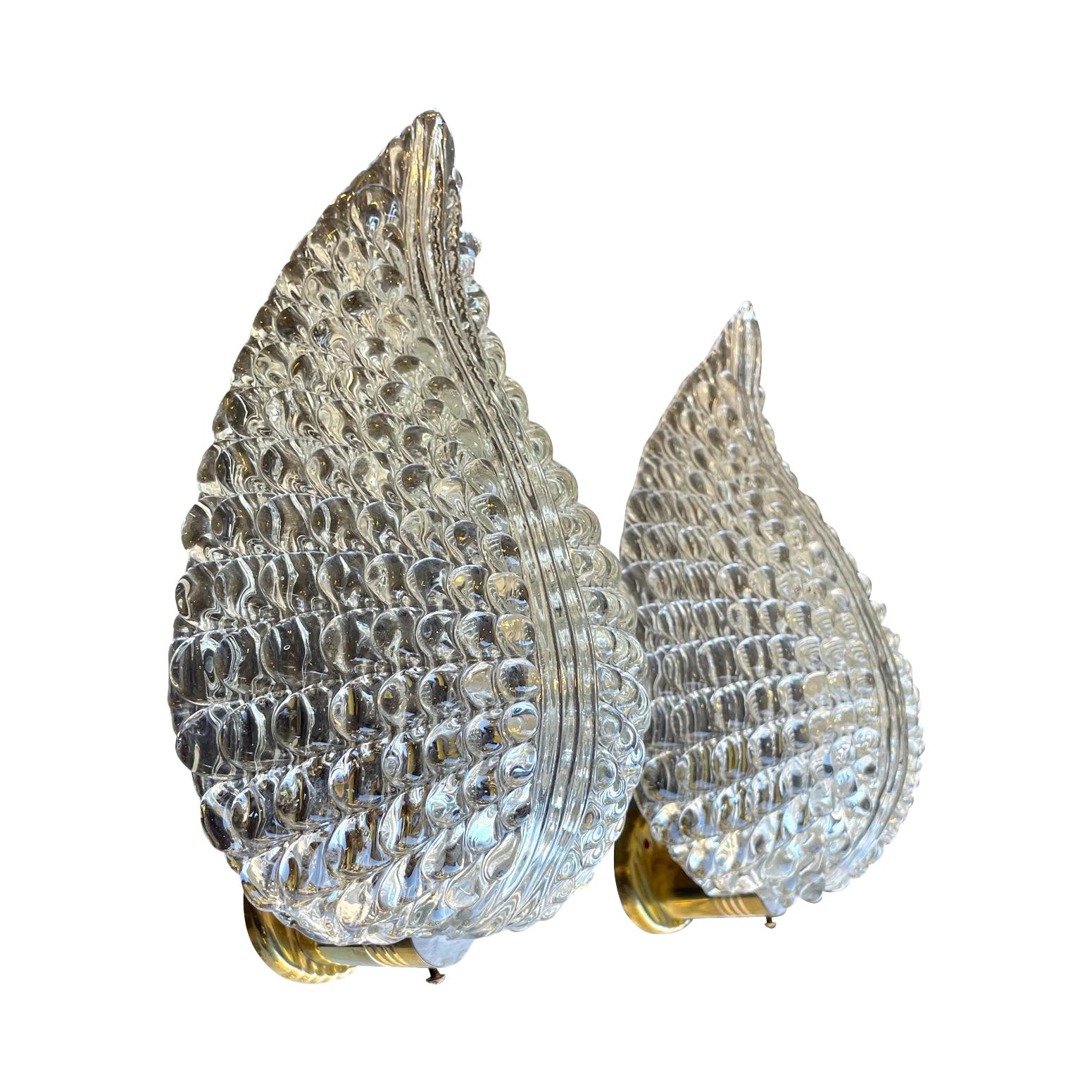 Lovely Pair of 1960s Barovier and Toso Murano Glass Leaf Wall Sconces