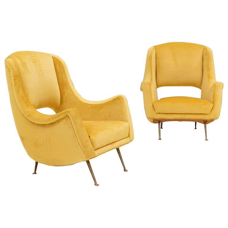 Lovely Pair of Armchairs Attributed to Carlo de Carli For Sale