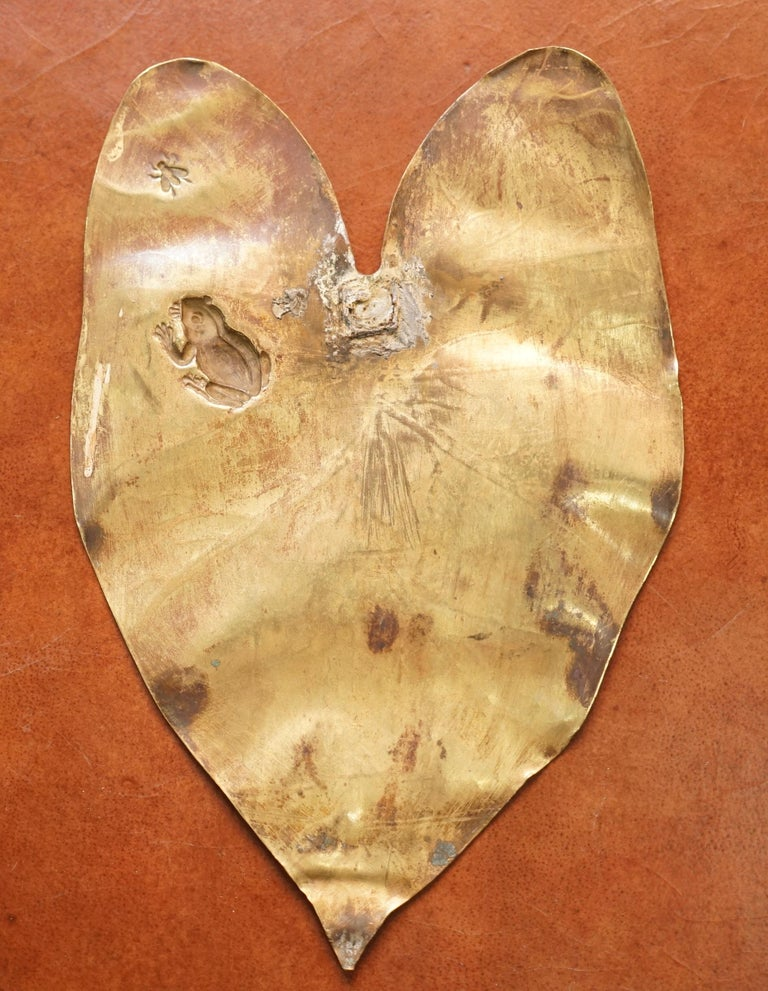Lovely Pair of Brass Wall Plaques of Lily Pads with Frogs Chasing Flys Stamped For Sale 5