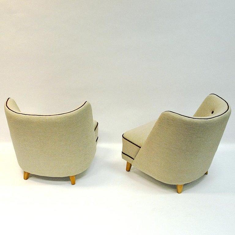 Scandinavian Modern Lovely Norwegian Pair of elm Easy Chairs by Møller & Stokke, 1940s For Sale