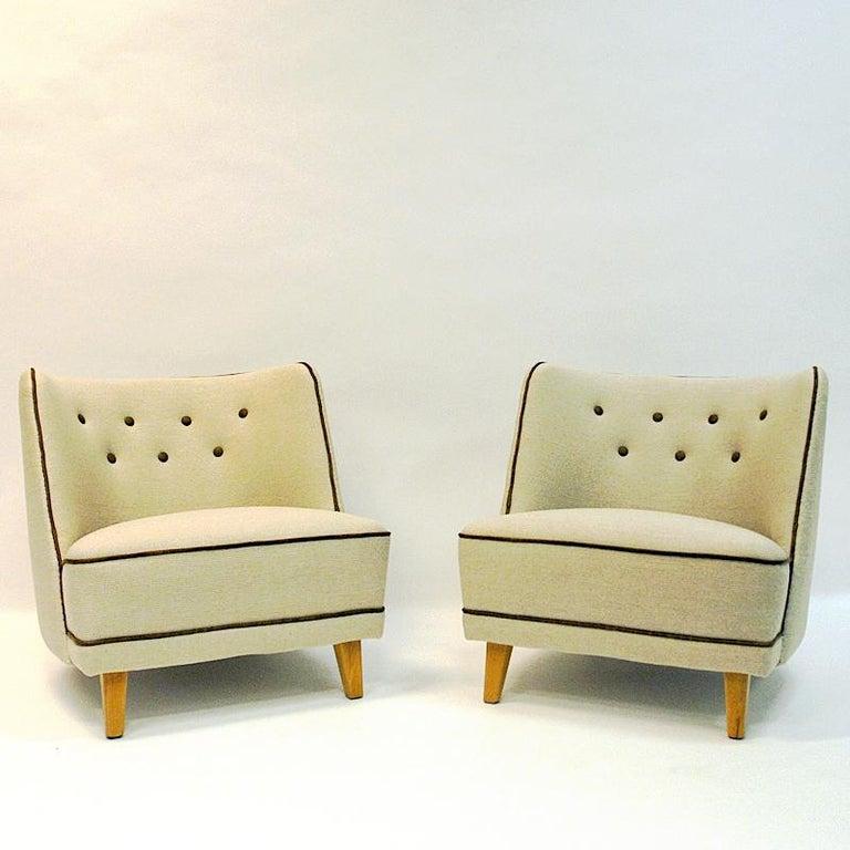 Lovely Norwegian Pair of elm Easy Chairs by Møller & Stokke, 1940s For Sale 1