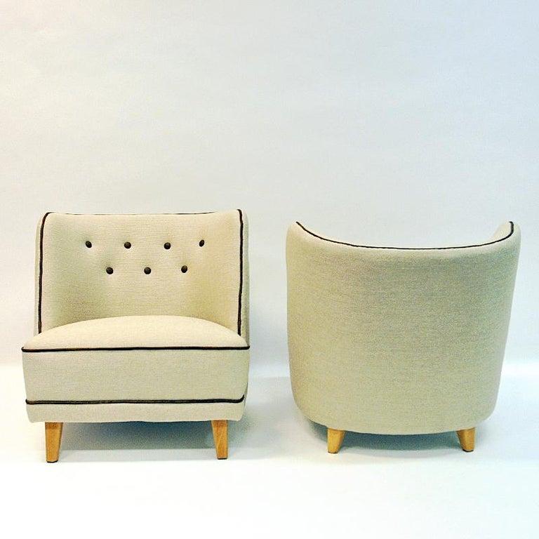 Lovely Norwegian Pair of elm Easy Chairs by Møller & Stokke, 1940s For Sale 2