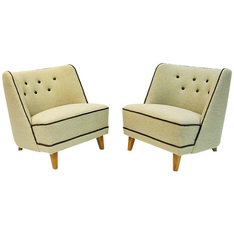 Lovely Norwegian Pair of elm Easy Chairs by Møller & Stokke, 1940s For Sale
