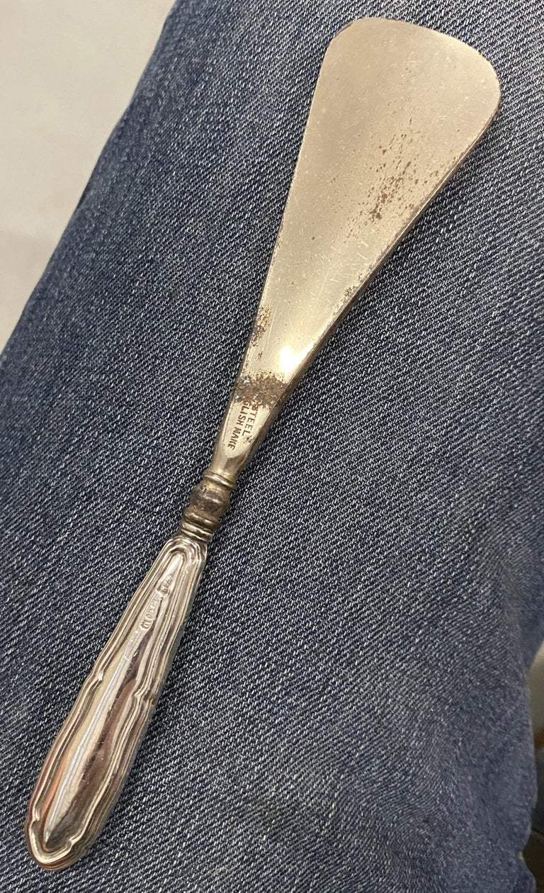 Early 20th Century Lovely Rare Antique 1919 Birmingham Sterling Silver Handled Shoe Horn For Sale