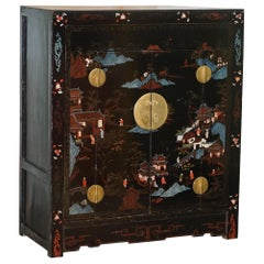 Lovely Shanghai China 1920s Coromandel Polychrome Painted and Lacquered Cabinet