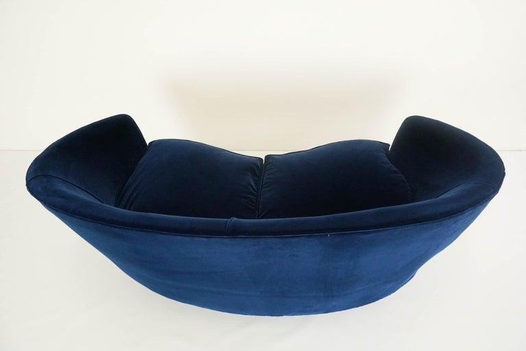 Upholstery Lovely Small Curved Sofa in Luxury Blue Velvet For Sale