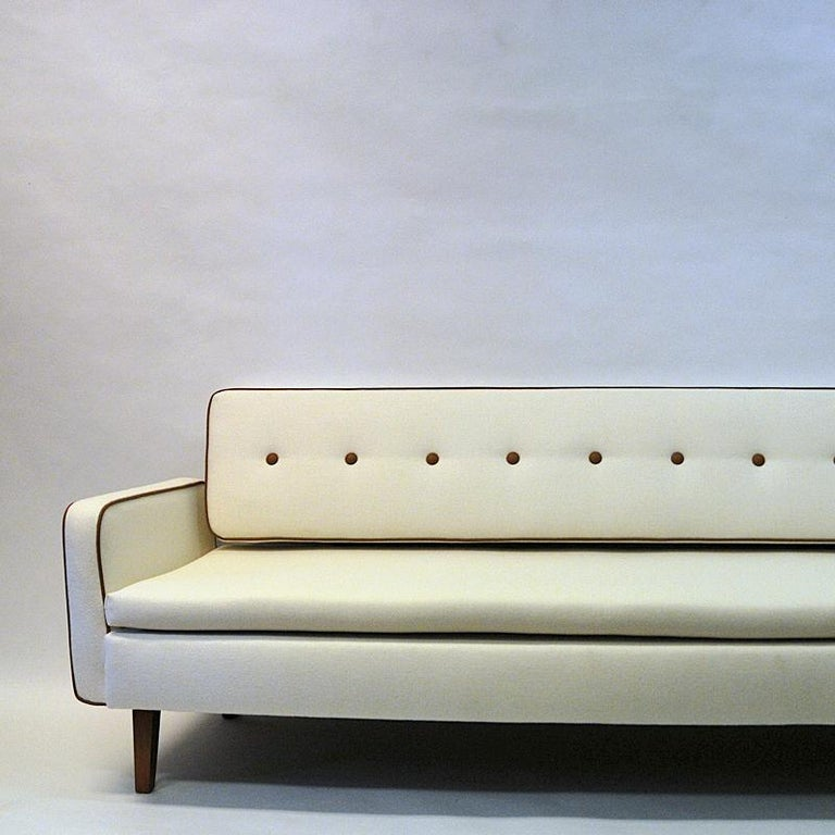 Lovely Sofa and Daybed of White Wool by Ire Möbler, 1950s, Sweden For Sale 4