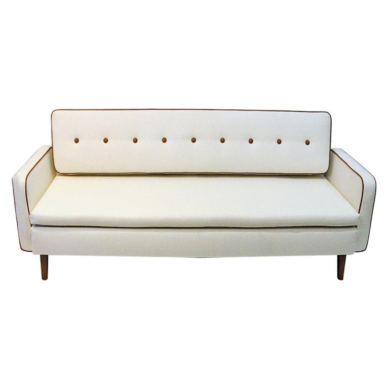 Lovely Sofa and Daybed of White Wool by Ire Möbler, 1950s, Sweden For Sale