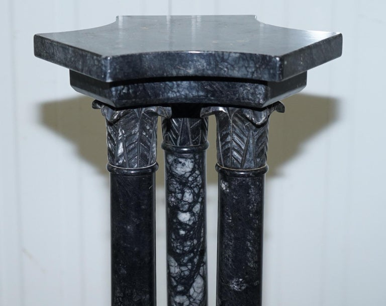 Lovely Unique Solid Marble Pedestal Column with Three Central Corinthian Pillars In Good Condition For Sale In London, GB