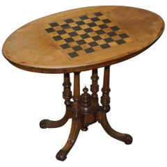 Lovely Victorian 1880 Walnut and Boxwood Marquetry Inlaid Chess Games Oval Table