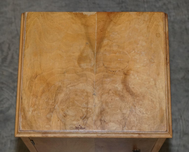 Hand-Crafted Lovely Vintage circa 1930's Bedside Lamp End Wine Table Burr Walnut Part Suite For Sale
