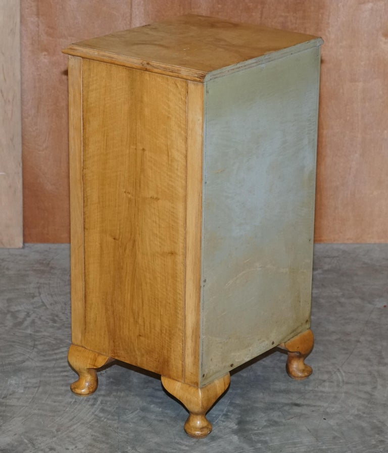 Mid-20th Century Lovely Vintage circa 1930's Bedside Lamp End Wine Table Burr Walnut Part Suite For Sale