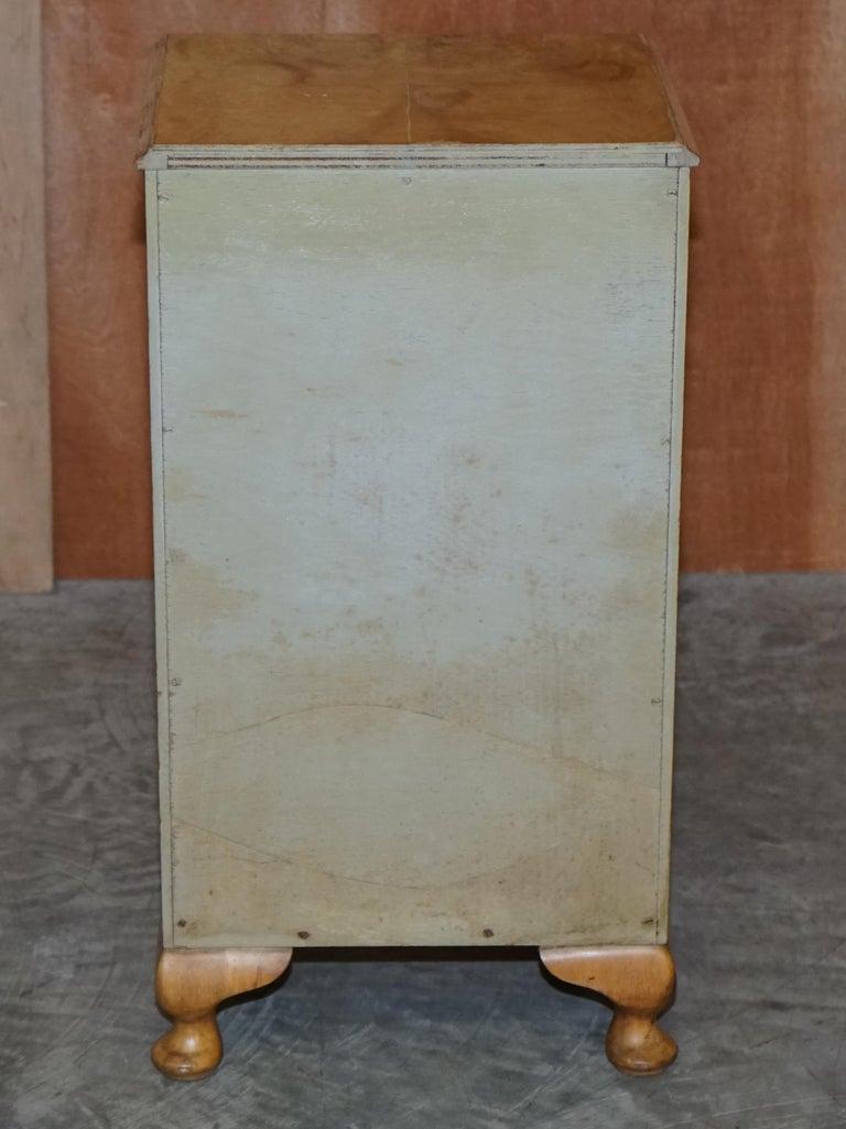 Lovely Vintage circa 1930's Bedside Lamp End Wine Table Burr Walnut Part Suite For Sale 1