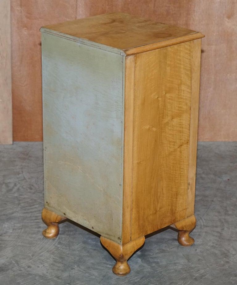 Lovely Vintage circa 1930's Bedside Lamp End Wine Table Burr Walnut Part Suite For Sale 2