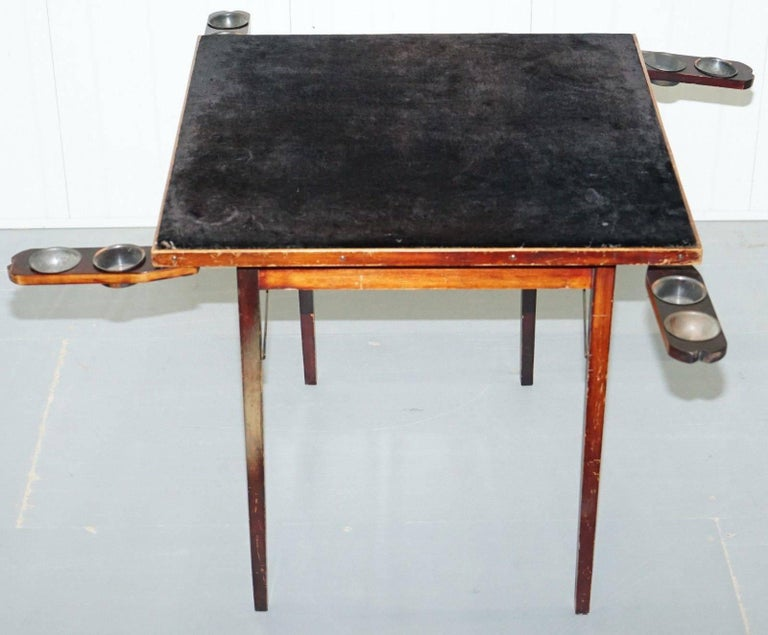 We are delighted to offer for sale this very nice and functional Edwardian Mahogany folding card table