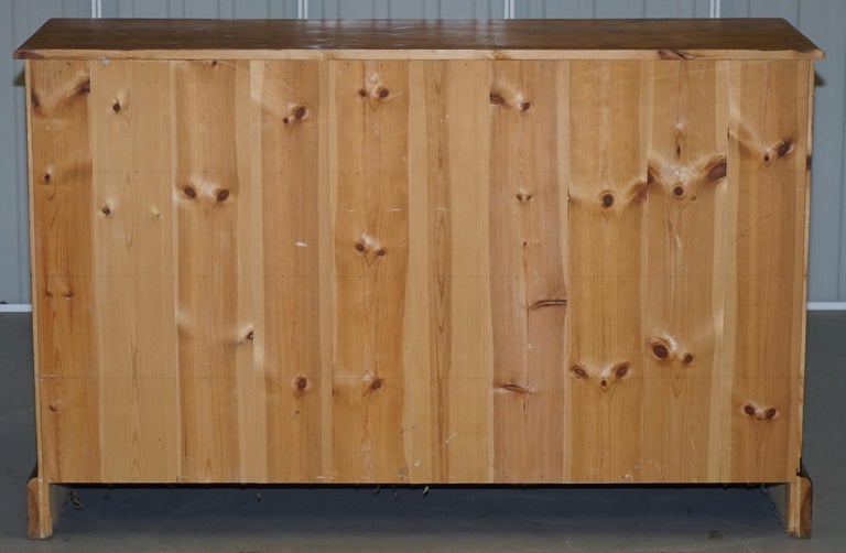 Lovely Vintage Farmhouse Pine Sideboard Sized Bank or Chest of Staggered Drawers For Sale 2