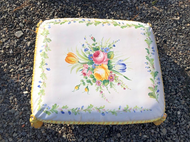 Italian Lovely Vintage Garden Stool in Stacked Cushion Motife For Sale