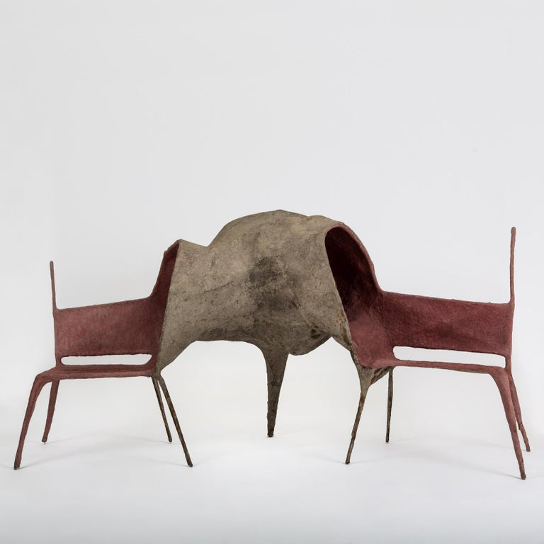 The Lovers' chair is part of the 'Evolution Collection'. Living in an era were we are saturated of information at a frenetic rhythm, Nacho Carbonell wanted to create a refuge were one can escape and digest this rave in which we are submerged. This