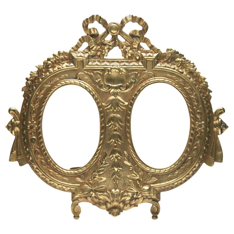 Victorian 'Lover's Knot' Double Picture Frame, Polished Brass, Made by J.H. France, 1900s For Sale