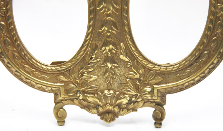 French 'Lover's Knot' Double Picture Frame, Polished Brass, Made by J.H. France, 1900s For Sale