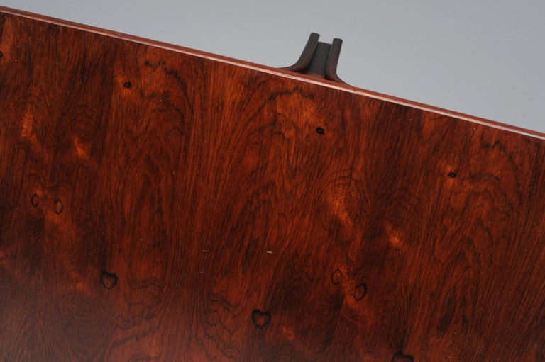 Low Italian Modern Rosewood Coffee Table by Gianfranco Frattini, 1956 For Sale 13