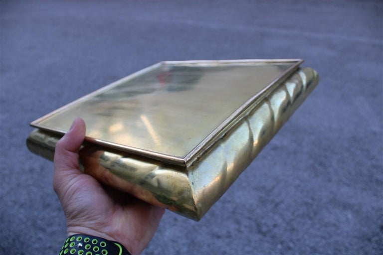 Low Large Square Box in Solid Italian 1970s Brass with Lid For Sale 1