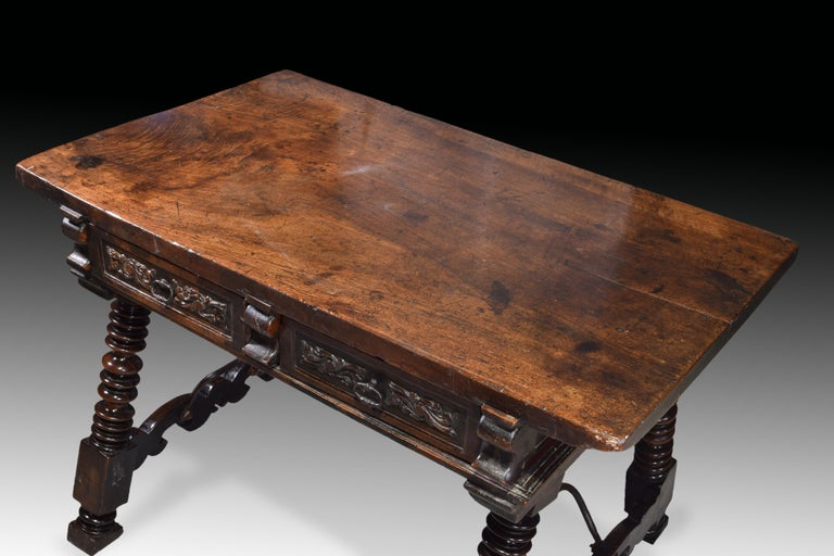 Low Table 'Estrado Table', Walnut, Wrought Iron, Spain, 17th Century For Sale 9