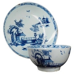 Lowestoft Teabowl and Saucer, Blue Chinoiserie 'Long Bridge' Pattern, circa 1760