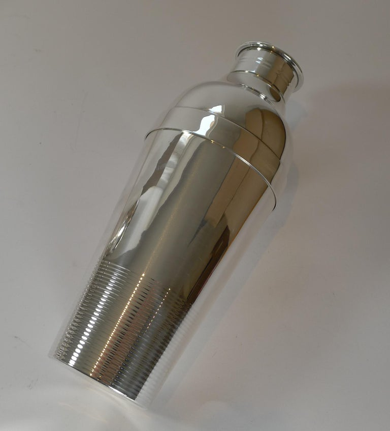 French Luc Lanel For Christofle, Ondulations Cocktail Shaker, c.1935