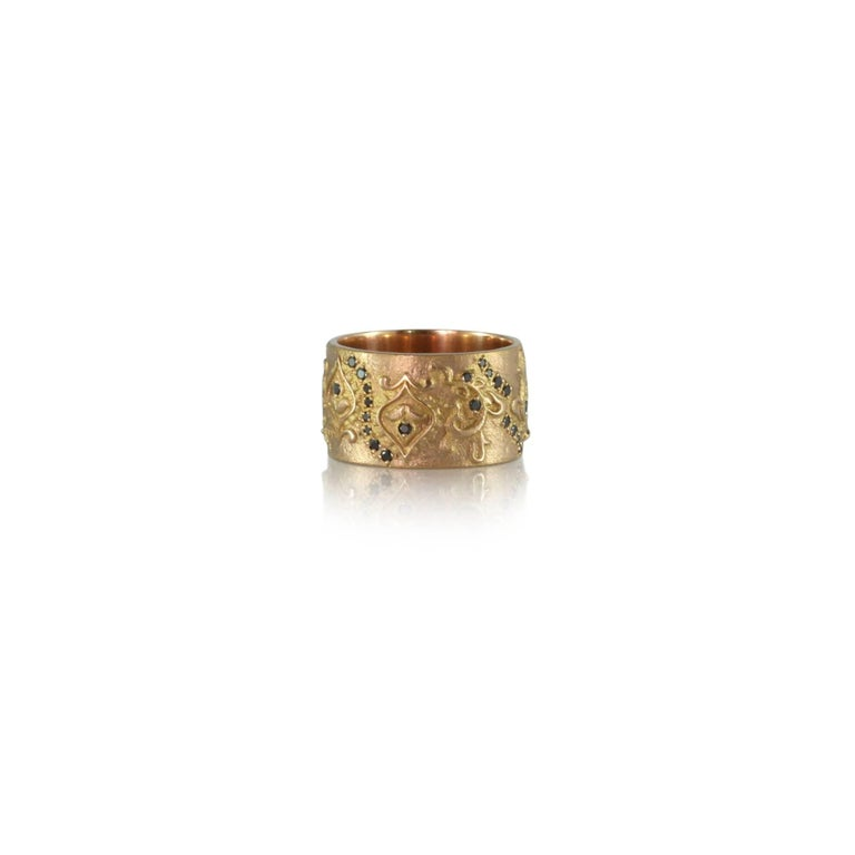 Round Cut Luca Jouel Black Diamond Floral Cigar Band Ring in 18 Carat Rose Gold For Sale