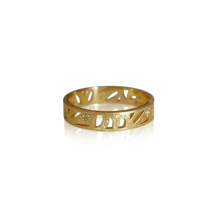 Luca Jouel Diamond Floral Motif Ring in Yellow Gold In New Condition For Sale In South Perth, AU