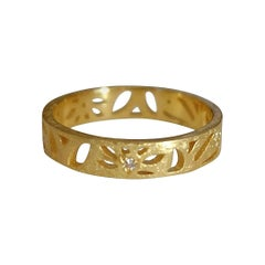 Luca Jouel Diamond Floral Motif Ring in Yellow Gold