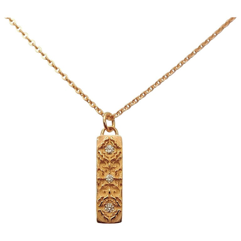 Contemporary Luca Jouel Diamond Labyrint Necklace in Rose Gold For Sale