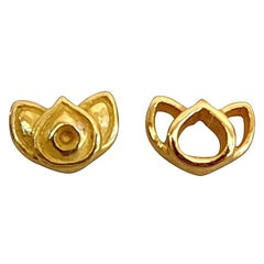 Luca Jouel Mismatching Lotus Stud Earrings in Yellow Gold