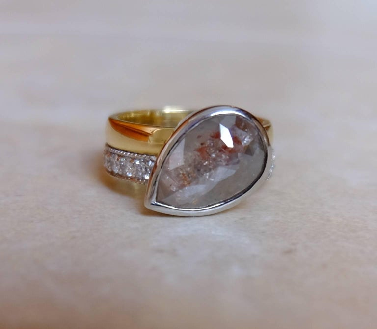Women's Luca Jouel One of a Kind Parti-Pear Diamond in Yellow Gold and Platinum Ring For Sale