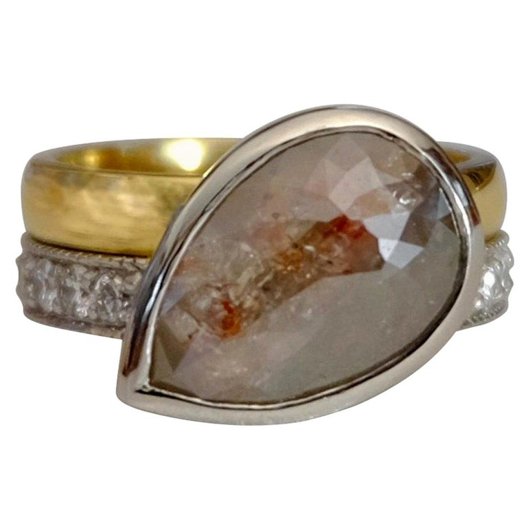Luca Jouel One of a Kind Parti-Pear Diamond in Yellow Gold and Platinum Ring For Sale