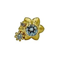 Luca Jouel Orientālī Diamond Flower Stud Earring in Yellow Gold