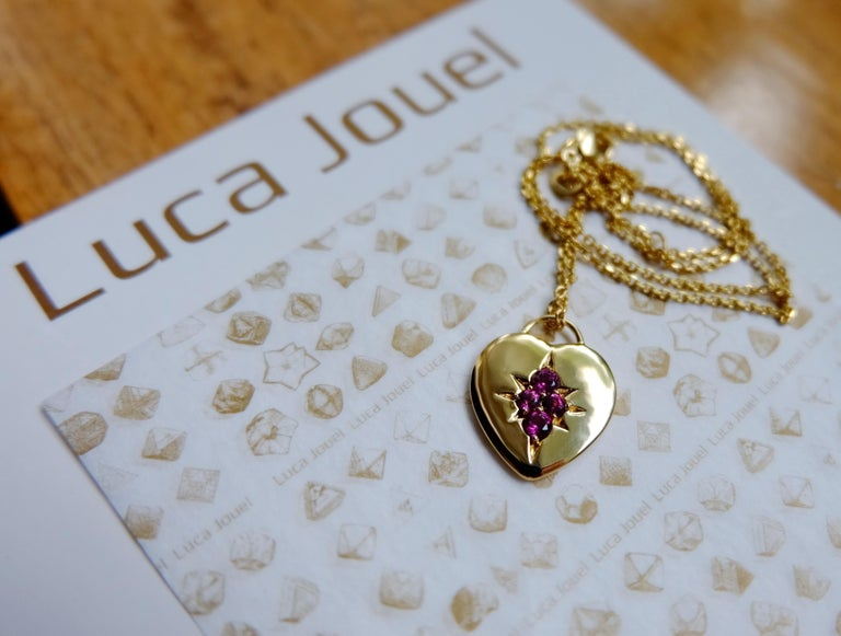 Contemporary Luca Jouel Rhodolite Garnet Starr Motif Heart Necklace in Yellow Gold For Sale