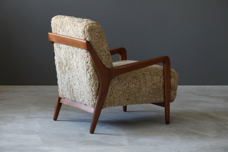 Italian Lucchini & Lissone, Lounge Chair, Stained Beech, Beige Sheepskin, Italy, 1950s For Sale